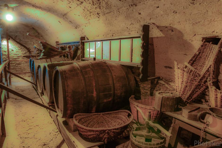 Тут когда-то хранилось вино...