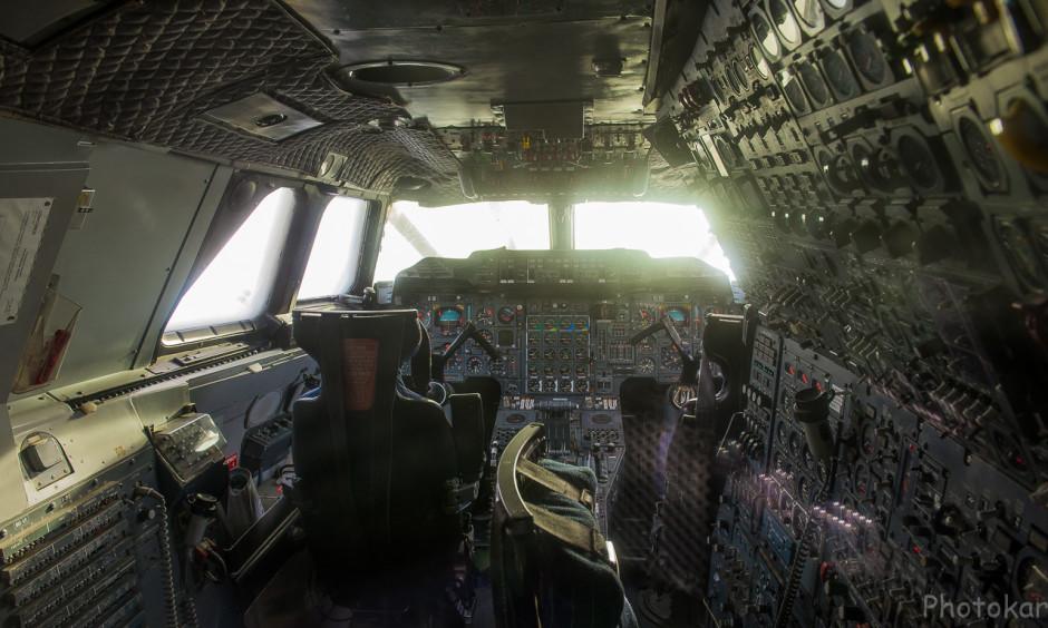 Кабина пилотирования конкордом